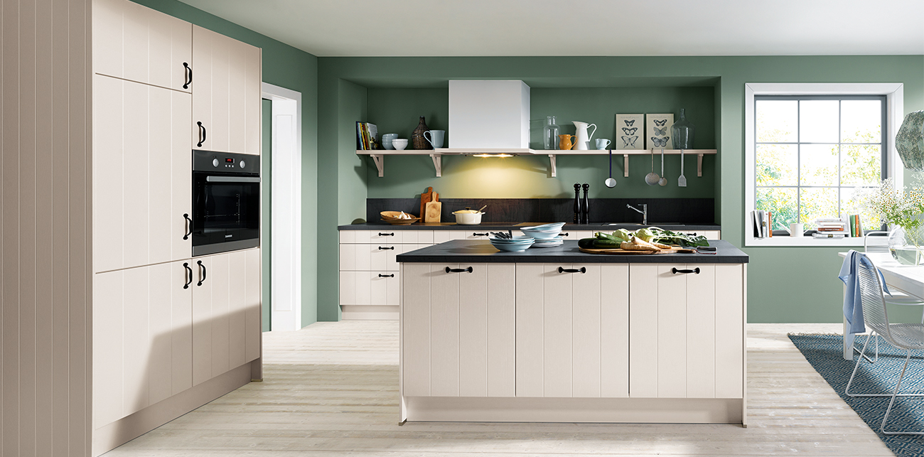 Schuller Traditional Kitchens By Alba Interiors In Watford