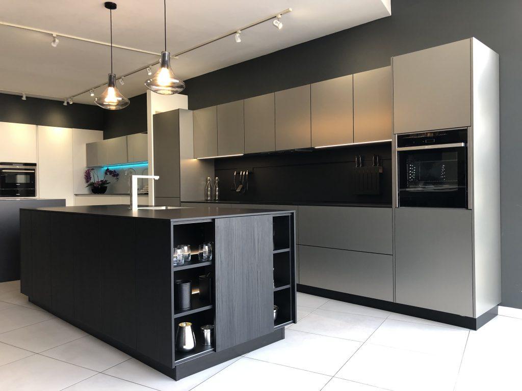 Kitchen Symmetry, Balanced Design, Modern Kitchen, Neat Look, Harmonious Kitchen