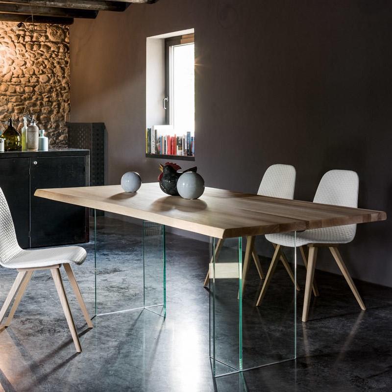 Basilio Table