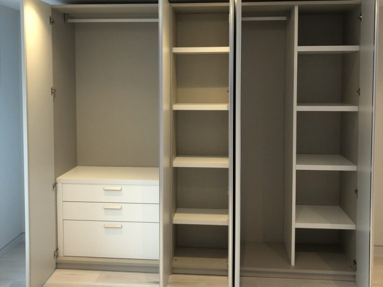 Dall'Agnese Hinged Wardrobe 'Tecno' Range. In Matt Lacquer Pearl Grey With Brill Integrated Handles.